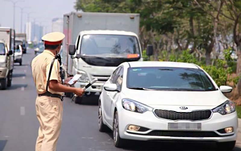 Mức phí phạt nếu sử dụng xe ô tô quá niên hạn