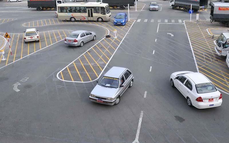 Điều kiện học bằng lái xe ô tô số tự động cấp tốc